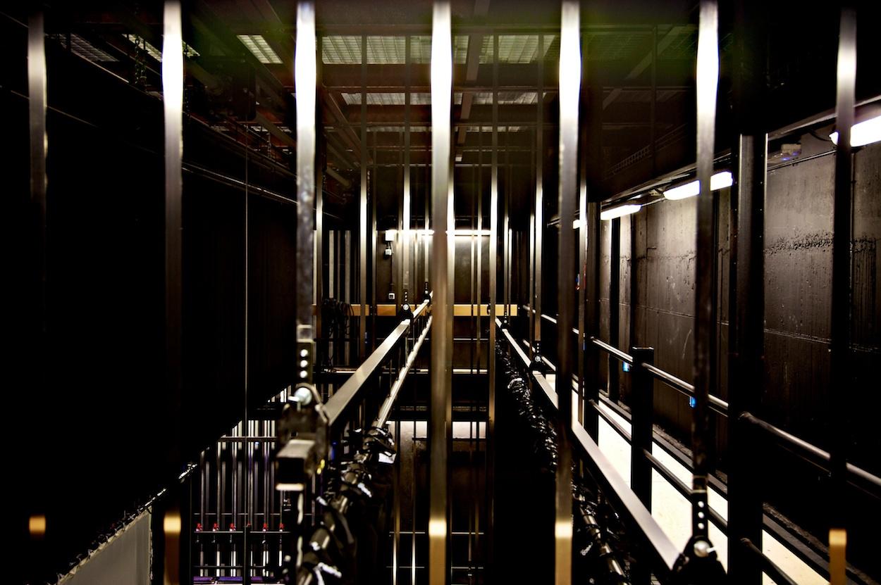 Fotografia_corporativa_industrial_maquinaria_escenica_stonex_teatro_calderon_valladolid_Delamorenavisual 023